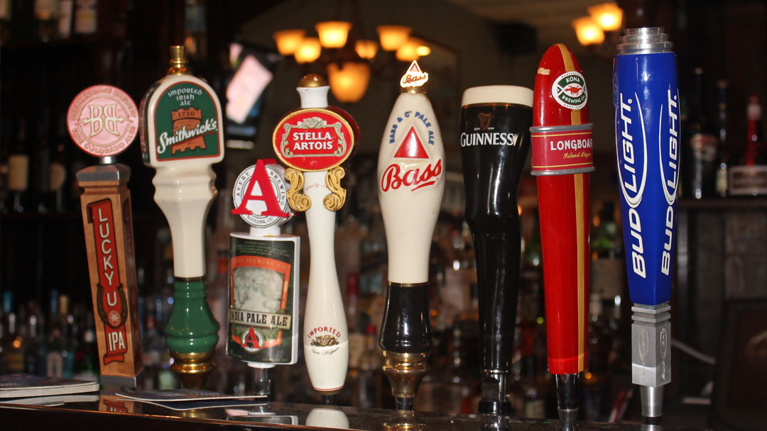 Dukes Steakhouse Beer Taps